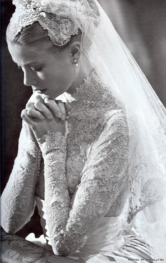 15 знаменитых свадебных платьев (60 фото)